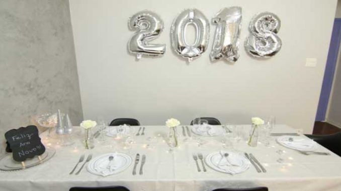 Como decorar a mesa para o Ano Novo com até R$ 300