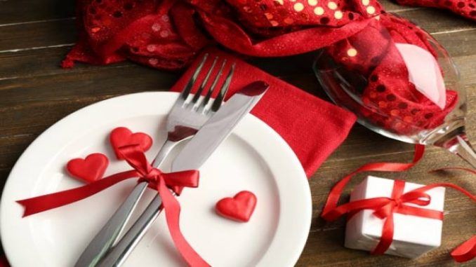 Dia dos Namorados: veja como montar uma mesa de jantar em casa