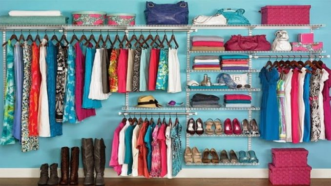 Dicas criativas para organizar seu guarda roupa!