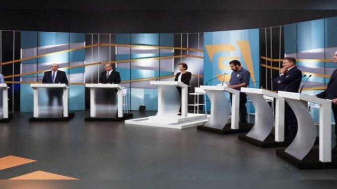 Sem Bolsonaro no debate, candidatos evitam ataques e pregam pacificação