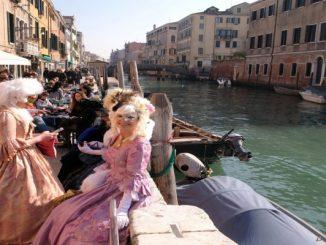 Veneza aprova nova