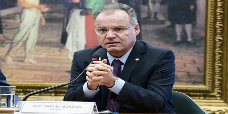 O relator da proposta de reforma da Previdência na comissão especial da Câmara, deputado Samuel Moreira (PSDB SP) — Foto: Pablo Valadares/Câmara dos Deputados