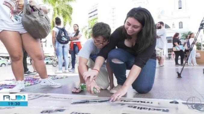 Universidades de Campos, RJ, apresentam pesquisas na Praça do Santíssimo Salvador