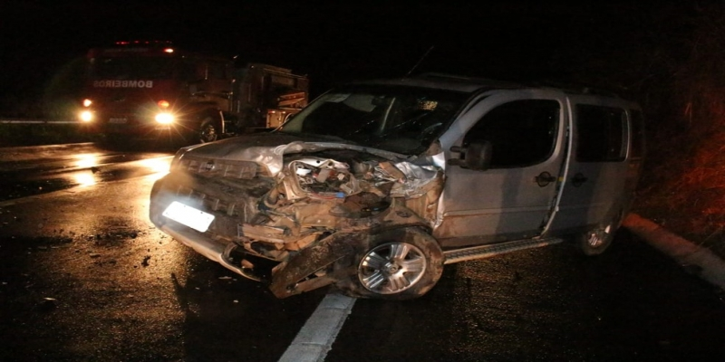 Acidente aconteceu no km 61 da BR 356 — Foto: Reprodução/Italva em Foco