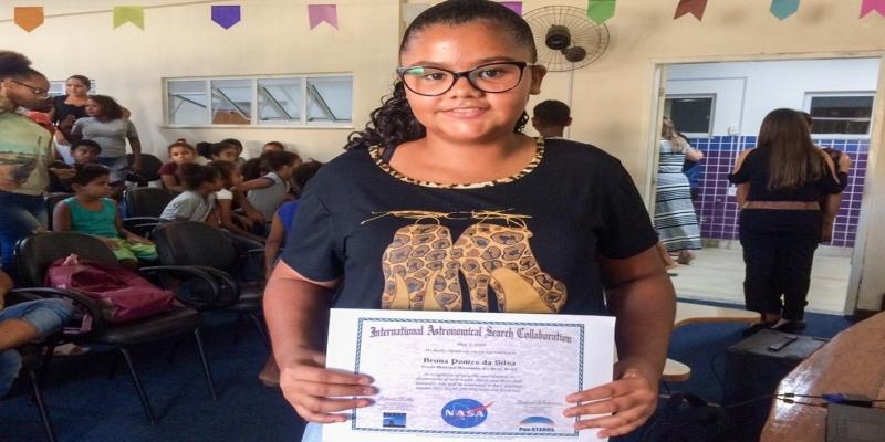 Bruna Pontes, de 13 anos, ganhou certificado internacional da Nasa — Foto: Divulgação/Prefeitura de Campos