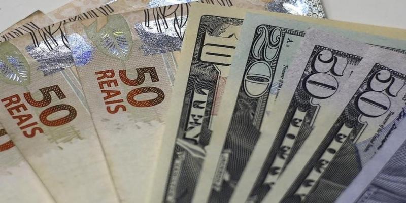 dólar — Foto: Reuters