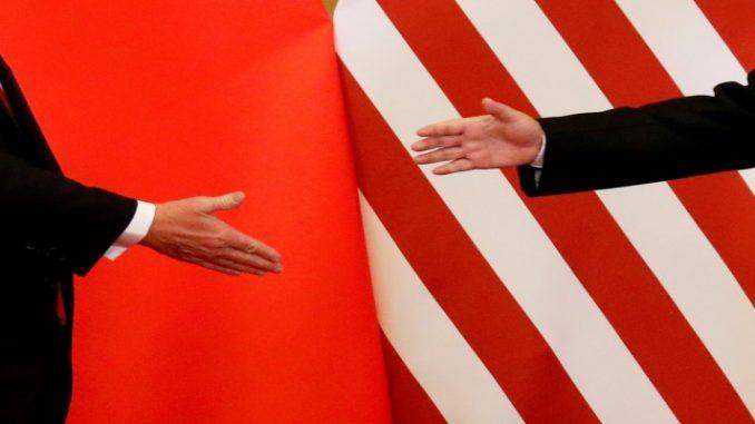 Em guerra comercial, EUA proíbem venda de tecnologia a 5 entidades chinesas