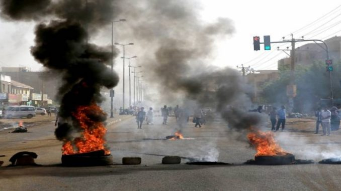 Governo do Sudão reconhece apenas 46 mortos após repressão