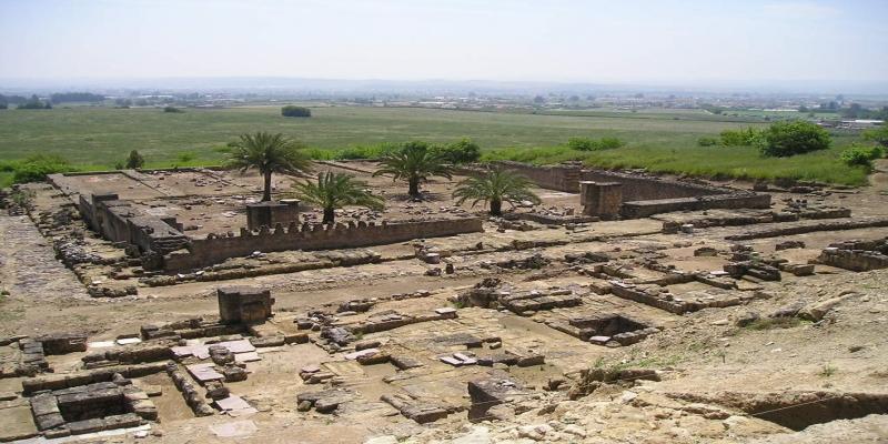 Os melhores artesãos da época e da região foram convocados a Medina Azahara — Foto: Wikimedia
