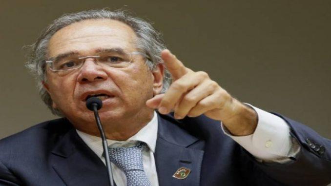 """Por Previdência, Guedes ouve a """"velha política"""""""