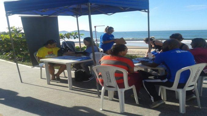 Praia dos Cavaleiros, em Macaé, RJ, recebe ação que incentiva a prática de atividade física