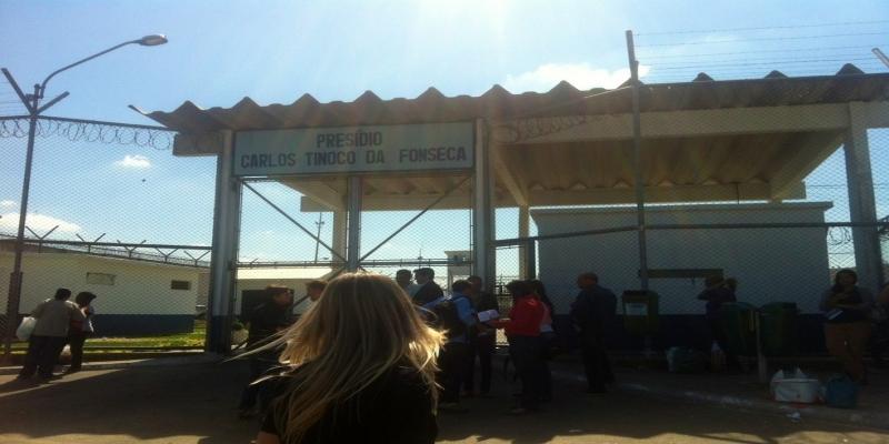 Suspeita de meningite foi registrada no Presídio Carlos Tinoco da Fonseca, em Campos — Foto: Priscila Alves / G1