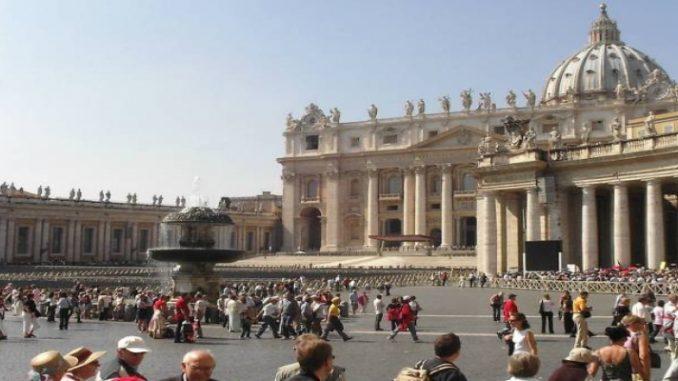 Vaticano decide debater questões de gênero, mas pretende evitar ideologias
