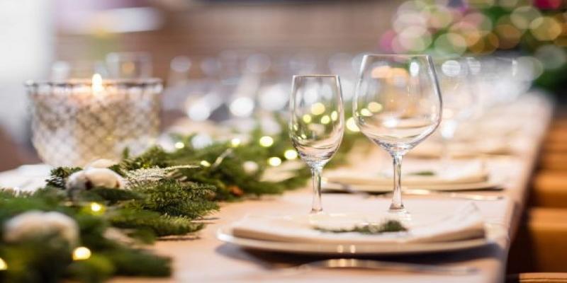 Uma linda decoração na mesa vai fazer toda a diferença.